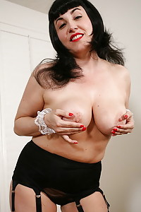 Free Karups Moms - The hottest moms and MILFs porn pics from ...